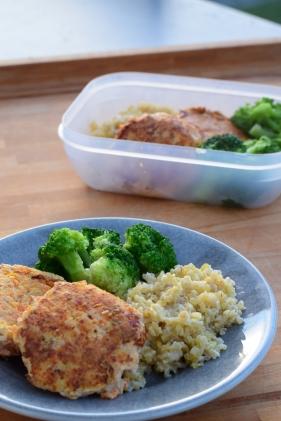 Middag och matlåda fixas samtidigt. Snabbt, smidigt och enkelt!