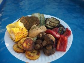 Grillade grönsaker och hummus. MUMS!